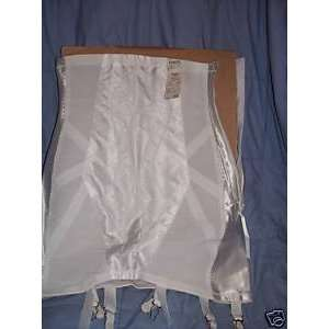 Promise By Poirette Size 28 Open Girdle Zipper New 258f