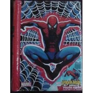 Marvel Comics Spider Man Photo Album   Holds 32, 4 x 6 Photos