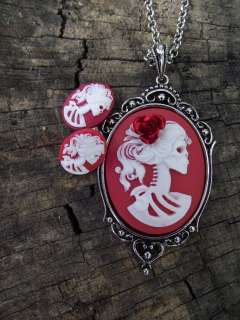 Lolita Day of the Dead Mourning Red Rose Zombie Skeleton Necklace