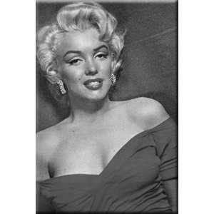 Marilyn Monroe ~ Marilyn Monroe Red Dress Magnet ~ 2 X 3