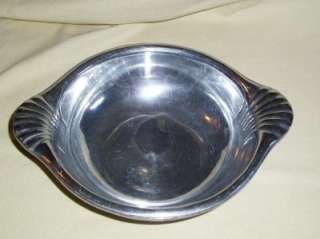 RWP Wilton Co.Armetale Scallop Handle Serving Bowl