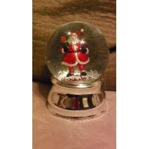 Santa Claus Christmas Musical Snow Globe