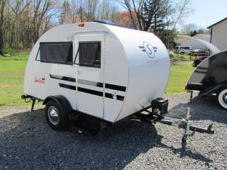 NEW 2011 Serro Scotty Lite   Lightweight Teardrop Camper, w/ AC
