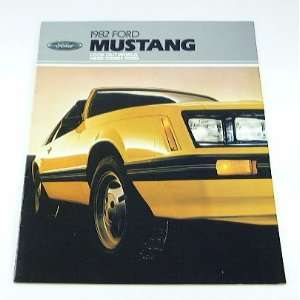 1982 82 Ford MUSTANG BROCHURE L GL GLX GT: Everything Else