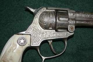 Vintage Hubley Texan Double Barrel Cap Gun