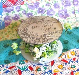Bethany Lowe Mini Spool of Flowers Green and White