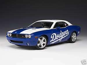 Highway 61 LA Dodgers Dodge Challenger Diecast 118