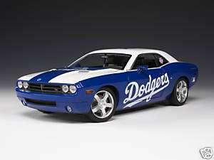 Highway 61 LA Dodgers Dodge Challenger Diecast 1:18