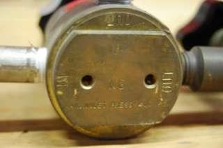 Matheson Pressure Gauge Gas Regulator and Valve