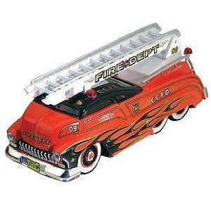 Custom Crew 150 Ladder Truck Sledster red Toys & Games