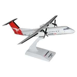 Qantaslink DASH 8 300 1 100 Skymarks: Toys & Games