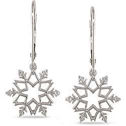 10k White Gold Diamond Accent Snowflake Earrings (H I, I2 I3