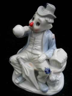 Porcelain Figurine Sad CLOWN HOBO Ragman Wino & Dog