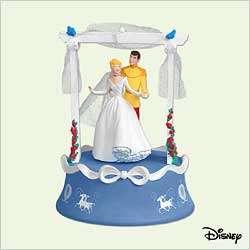 DISNEY WEDDING DAY DANCE CINDERELLA HALLMARK ORNAMENT 2005 MAGIC