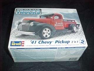 Revell 41 CHEVY Pick Up 2 n1 Trucks 1/25 Model Kit