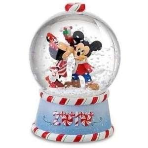 Mickey Minnie Snow Globe holiday Everything