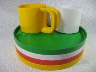 Vintage Ingrid Snack Sets Plastic Picnic Plates & Cups