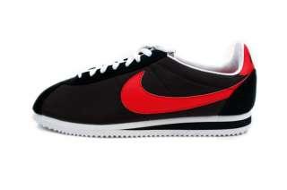 Nike Mens Classic Cortez Nylon Black White 488291 001