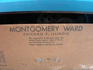 Bakelite Tube Radio Model BR 1542 A Montgomery Ward Table Top 25X