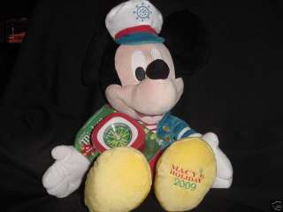 2009  MICKEY MOUSE TALKING PLUSH HOLIDAY TOY NEW