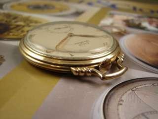 1939 17 JEWEL ELGIN DELUXE 542 THIN POCKET WATCH RAISED GOLD #s |