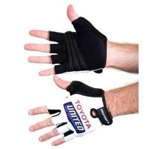 Toyota United Pro Team Cycling Gloves   GI GLOV TEAM TOYO: Sports
