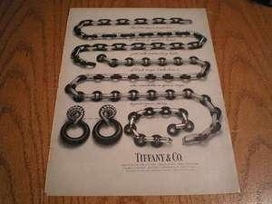 1972 Tiffany & Co Ladys 18 Karat Gold & Onyx Necklace Jewelry Ad