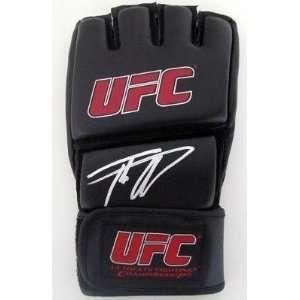 Tito Ortiz Autographed UFC MMA Glove SI Proof