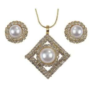 Gold plated Pendant, Chain and Earrings Set with American Diamonds and