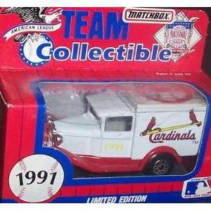 Saint Louis Cardinals 1991 Matchbox MLB Diecast 164 Scale Ford Model