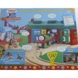 Thomas Deluxe Roundhouse Set COMPLETE TRAIN SET with Track