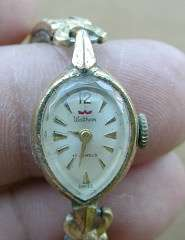 WALTHAM LADIES WALTHAM 17 JEWEL WATCH # 43979