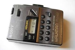 Vintage SONY WM FX43 FM/AM Stereo Cassette Player Walkman AS IS