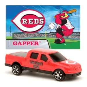 MLB 1:87 Scale Ford F 150 with Team Mascot Sticker   Reds