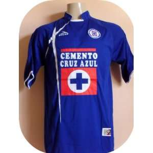 CRUZ AZUL  MEXICO  SOCCER JERSEY SIZE LARGE Everything